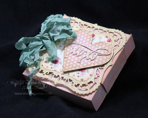 ValentineGiftBoxAngle